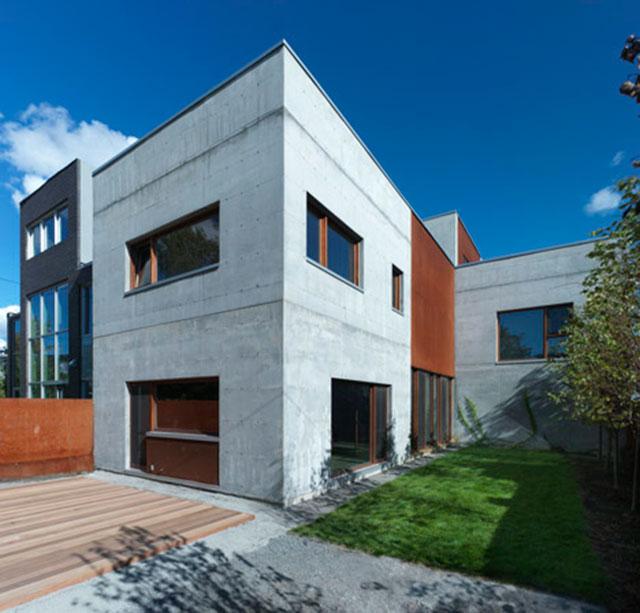 Dezeen_La-Maison-Beaumont-by-Henri-Cleinge-Architecte_2