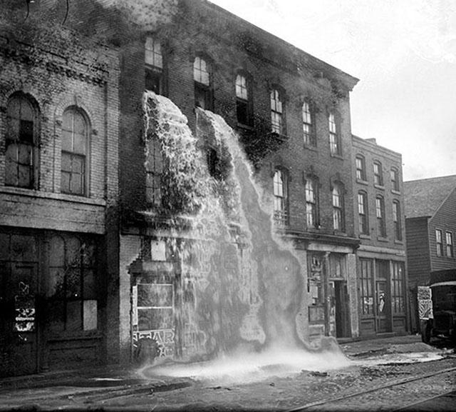 photos-historiques-alcool-illegal-jette-durant-la-prohibition-1929