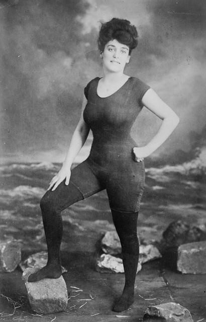 photos-historiques-annette-kellerman-maillot-une-piece-1907