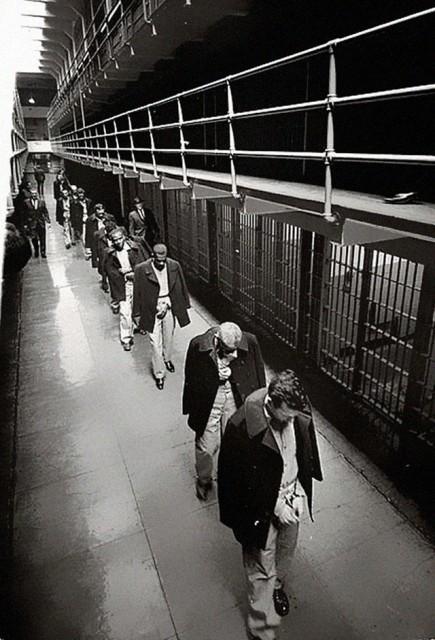 photos-historiques-derniers-prisonniers-quittent-alcatraz-1963