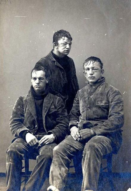 photos-historiques-etudiants-princeton-apres-bataille-de-boules-de-neige-1893