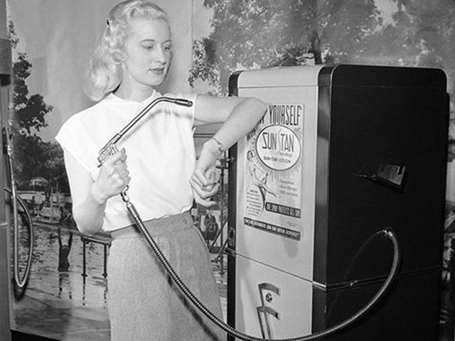 photos-historiques-suntan-machine-a-bronze-1949