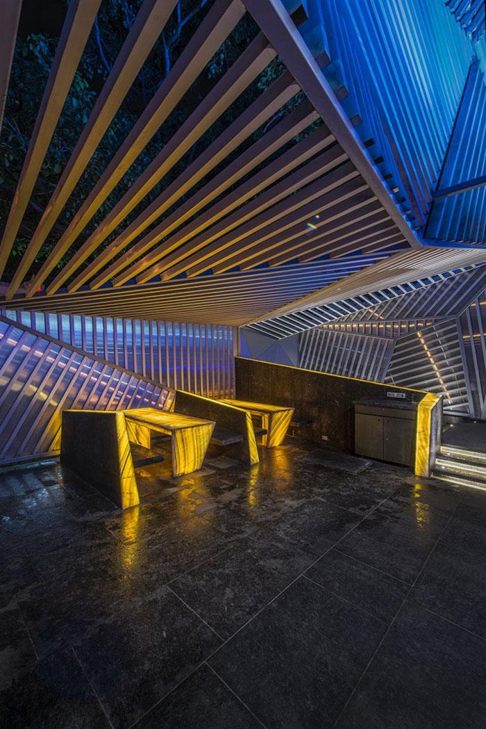 amazing-restaurant-bar-interior-design-44