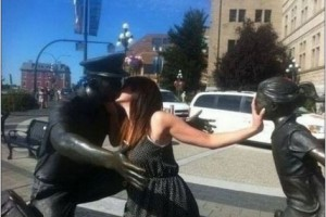 Playing-with-Statues-14