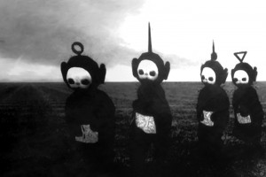 Teletubbies-in-Black-White-Look-Like-A-Horror-Show__700