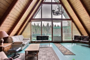 Chalet-Triangulaire-Quebec-Design-05