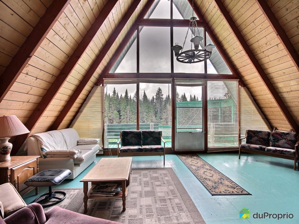 Est ce que tu habiterais dans un chalet en forme for Architecture triangulaire