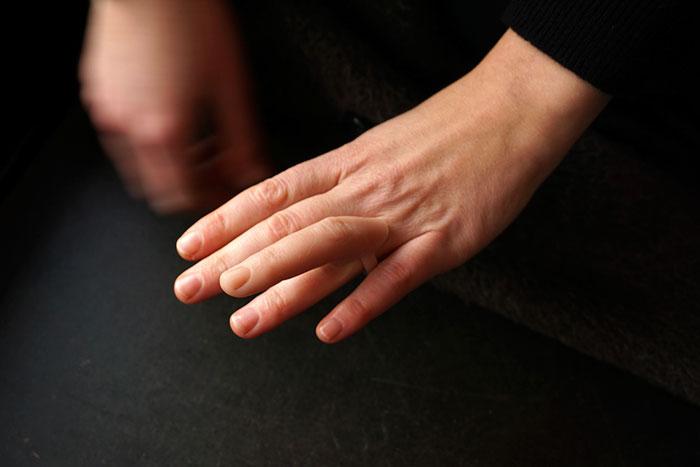 ear-earrings-finger-rings-nadja-buttendorf-4