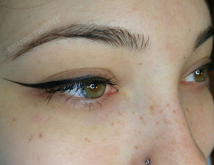 body-art-freckles-tattoo-2-58b680e2891f1__700
