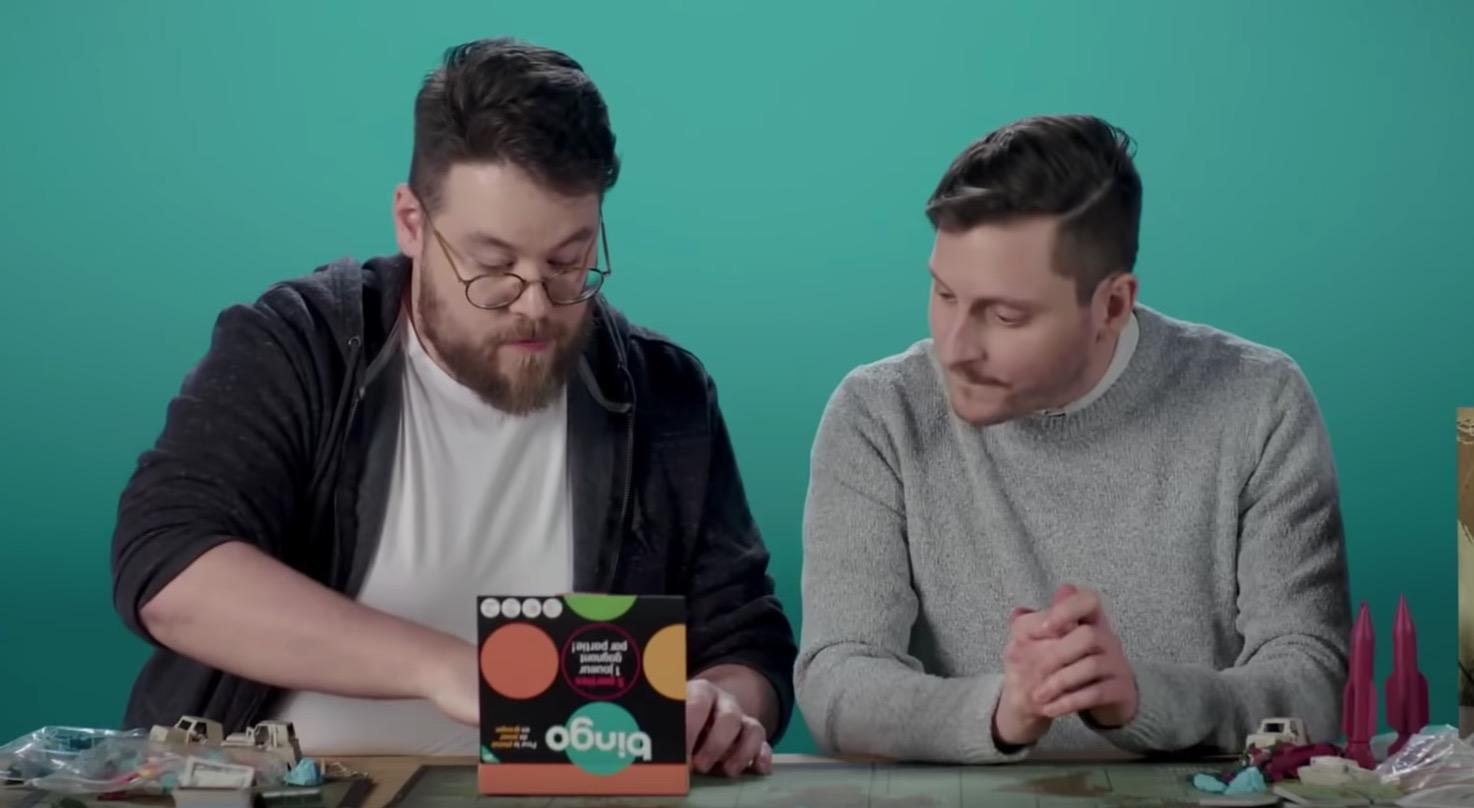 Bingo dans la boite Mitbringspiel Voyage Jeu Jeu de société conversation