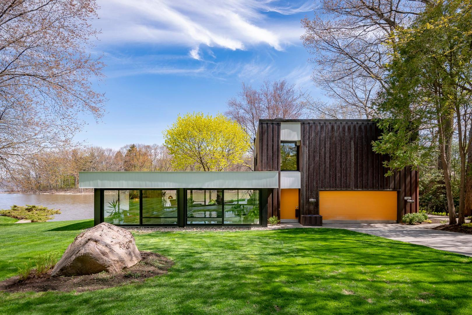 10 Splendides Maisons Presentement A Vendre Au Quebec